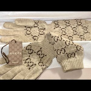 RARE GUCCI GG 100% CASHMERE SLOUCH GLOVES Size S